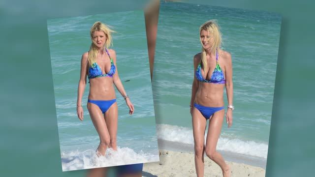 News video: Bikini-Clad Tara Reid Soaks Up the Sunshine in Miami